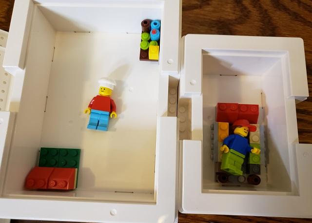 ビッグレクにレゴのミニフィグ