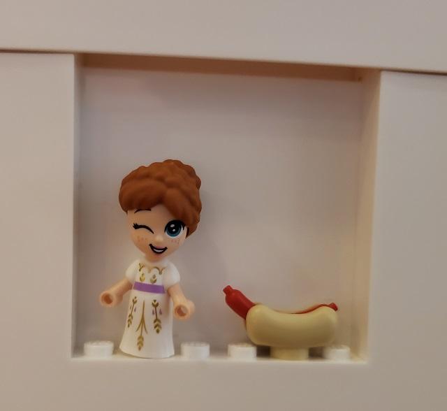 アナと雪の女王 アナ IKEAホットドッグ レゴ