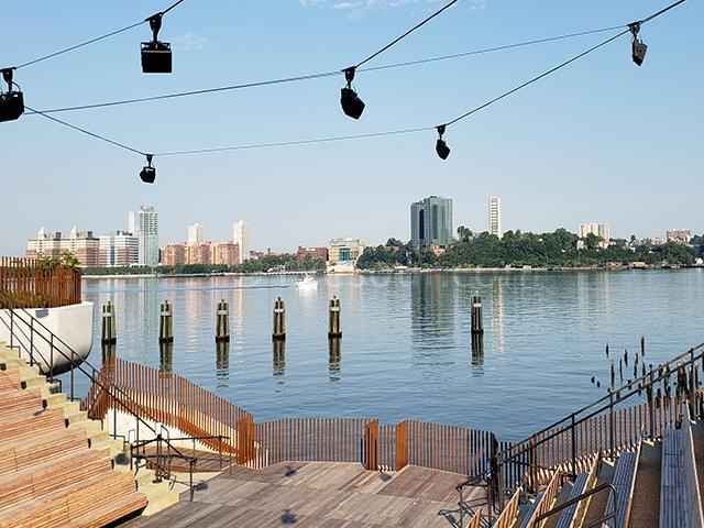 リトルアイランド ニューヨーク Little Island NYC 円形劇場 The Amph