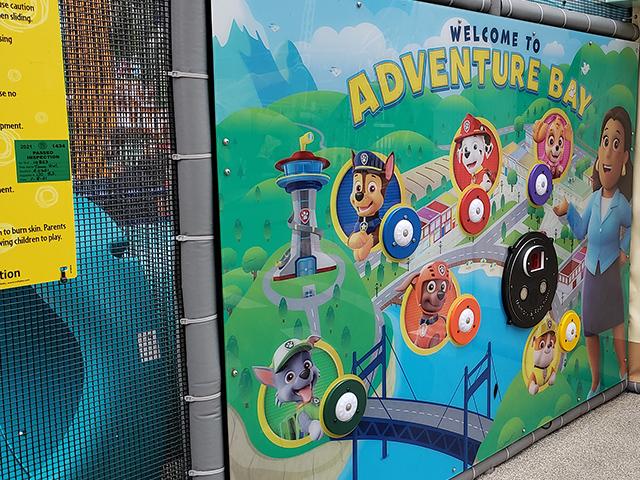 Nickelodeon Nick Universe New Jersey ニコロデオン ユニバース アメリカ ニュージャージー NJ 屋内テーマパーク・遊園地のアトラクションと遊び場 パウパトロール パウ・パトロール アドベンチャー ベイの遊び場 屋内公園