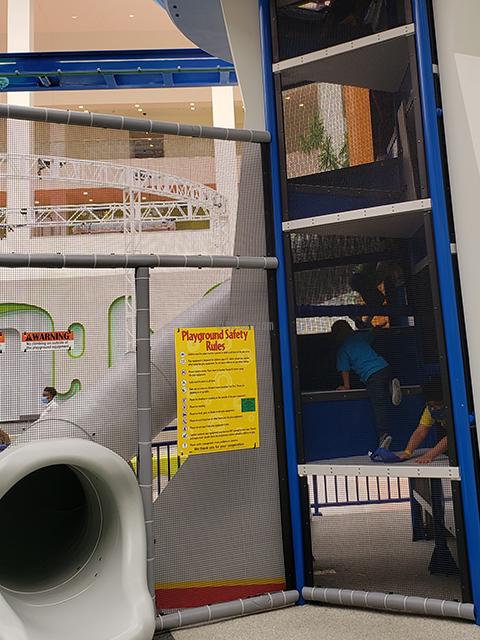 Nickelodeon Nick Universe New Jersey ニコロデオン ユニバース アメリカ ニュージャージー NJ 屋内テーマパーク・遊園地のアトラクションと遊び場 パウパトロール パウ・パトロール パウステーション おもちゃとすべりだい
